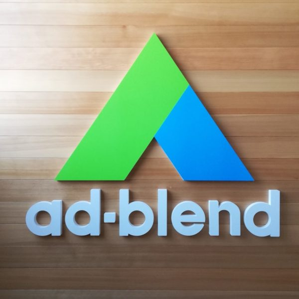 ad-blend サムネイル